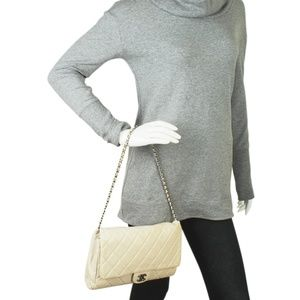 Chanel Bags - Chanel A65051 Beige Quilted Shoulder Bag 165679